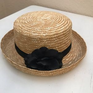 NWOT Straw hat with black bow